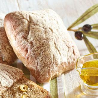 Bułki z oliwkami i pistacjami